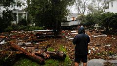 Florence deja cinco muertos y causa estragos en Carolina del Norte