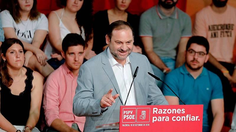 Ábalos exige a Rivera que pida perdón por dudar de la tesis de Sánchez mientras PP y Cs reclaman más explicaciones