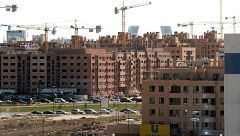 El Gobierno asegura que las medidas contra los pisos vacíos no afectarán a las viviendas vacacionales o a pequeños propietarios