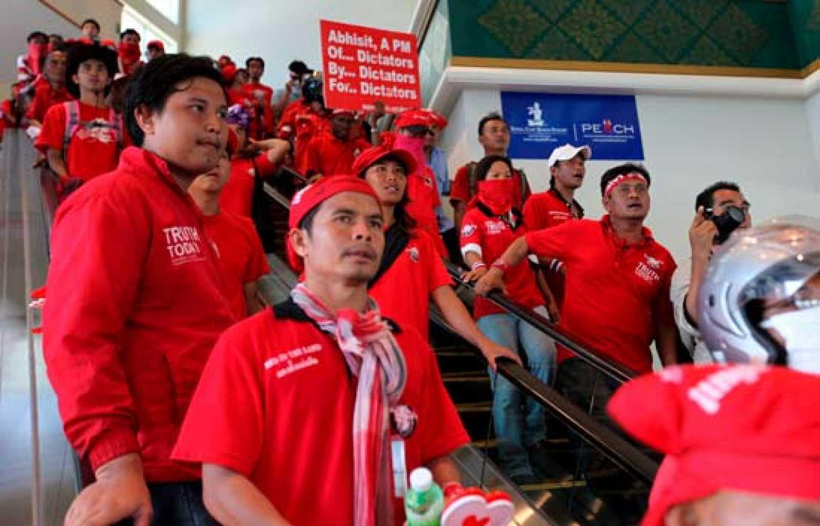 Suspenden la cumbre de la ASEAN por los disturbios