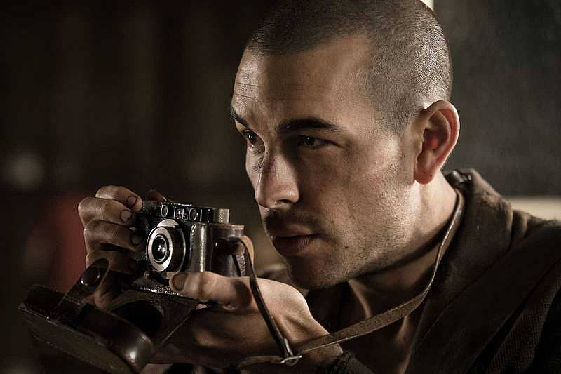 RTVE.es estrena el making of de 'El fotógrafo de Mauthausen', protagonizada por Mario Casas