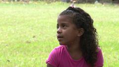 Una niña de 6 años se reencuentra con su familia en Honduras meses después de haber sido separada de su padre en la frontera de EE.UU.