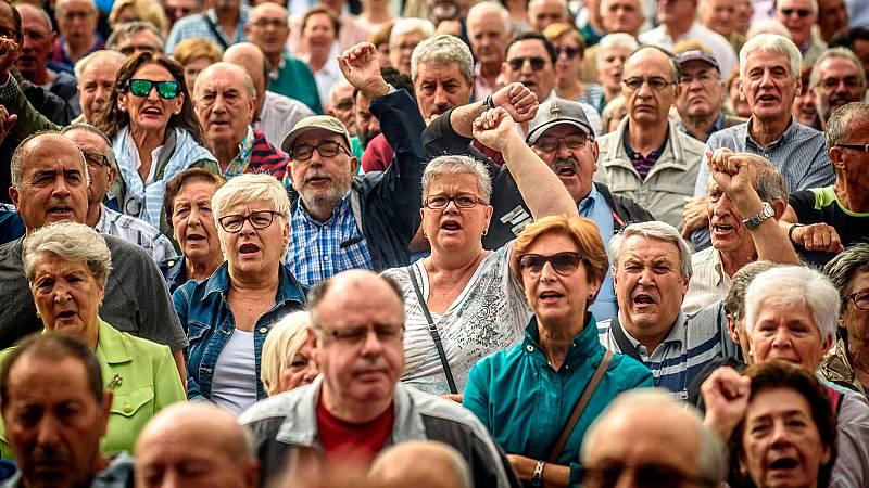 El aumento del gasto en pensiones y el descenso de la población ponen sobre la mesa el reto de cómo financiar el sistema