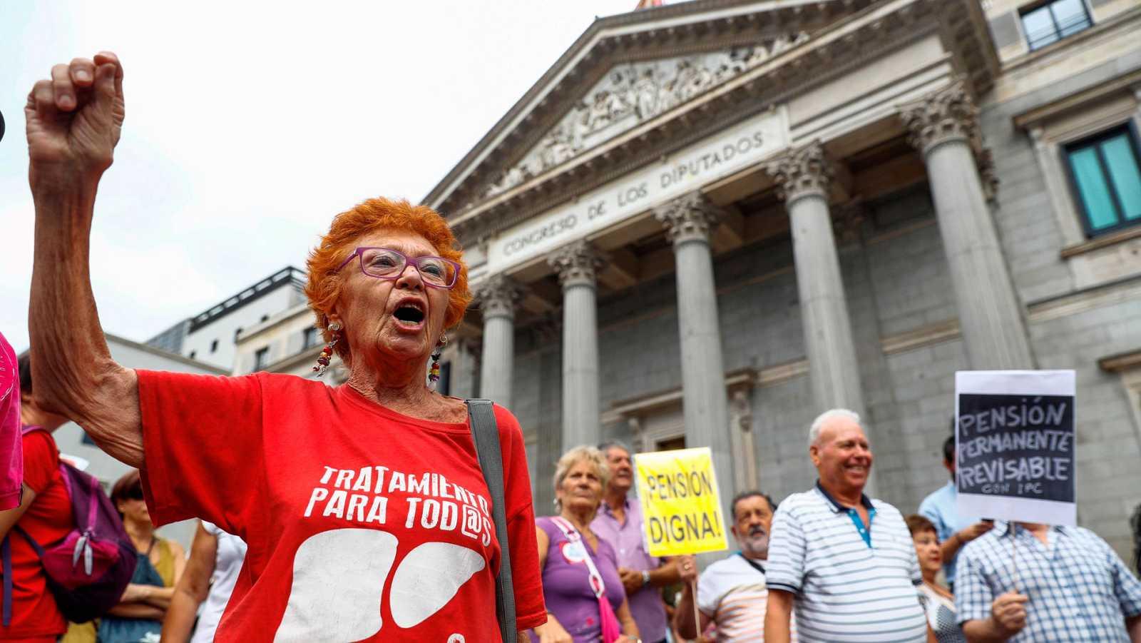 El Pacto de Toledo alcanza un acuerdo de mínimos para vincular las pensiones al IPC