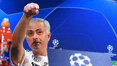 Mourinho bromea tras una pregunta incómoda