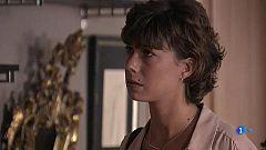 Servir y Proteger - Alicia confiesa a Julio que su padre ha desaparecido