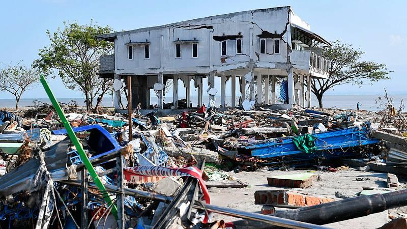 Indonesia compite contra el tiempo en la búsqueda de supervivientes del tsunami