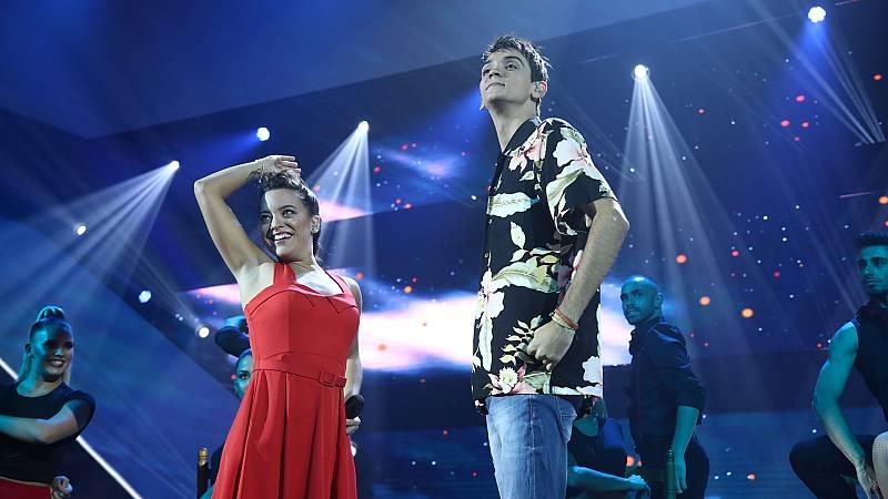 """OT 2018 - Dave y Noelia cantan """"Volando voy"""" en la Gala 2 de Operación Triunfo"""