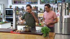 Torres en la cocina - Pollo con salsa de cacahuetes. Arroz verde