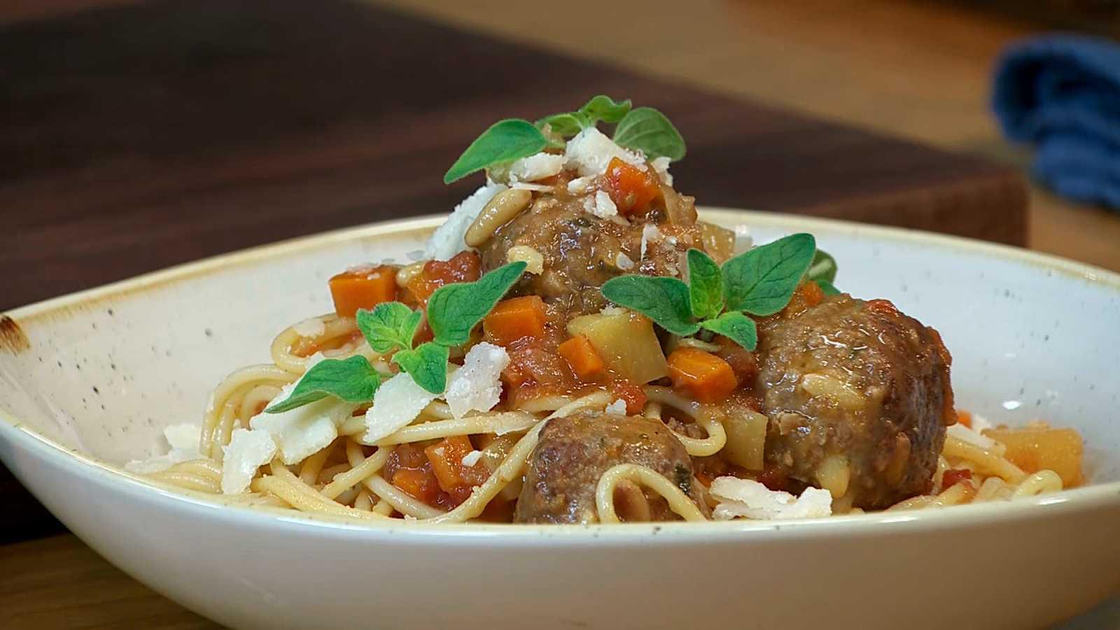 Torres en la cocina - Espaguetis con albóndigas