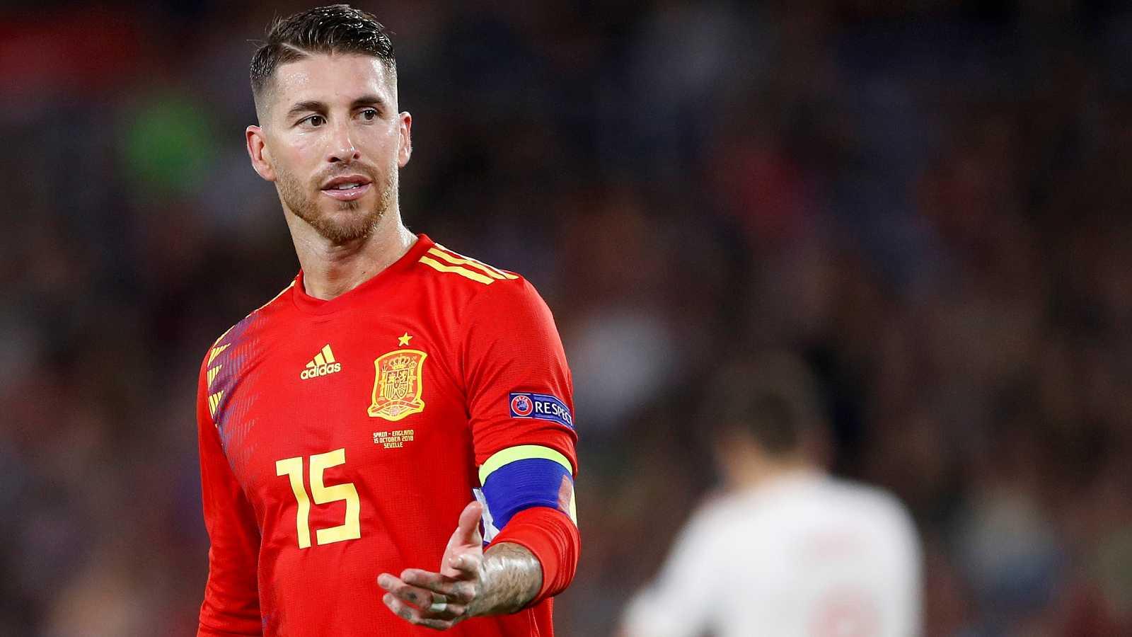 La selección española sufrió la primera derrota de la 'era Luis Enrique' en el Benito Villamarín, donde cayó 3-2 contra Inglaterra. Una pésima primera parte lastró a los jugadores españoles.