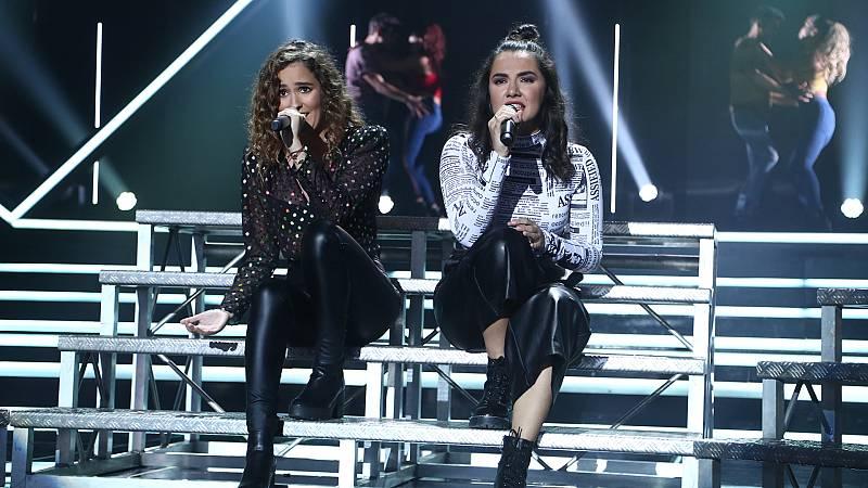 """OT 2018 - Marta y Marilia cantan """"Lo echamos a suertes"""" en la gala 4"""