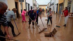 El agua entra en las casas de los vecinos malagueños afectados por las inundaciones