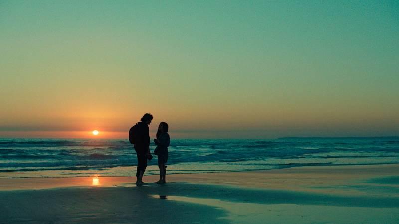 'Sin fin' es el título de una película de Televisión Española que se ha presentado en la Semana Internacional de Cine de Valladolid. María León y Javier Rey protagonizan esta historia de amor rodada durante seis años por los hermanos Alenda.