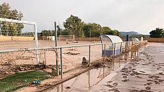 Las lluvias torrenciales dejan al Rubio CF sin campo y durmiendo en el autobús