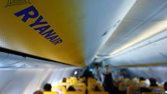 Un episodio racista en un avión de Ryanair desencadena fuertes críticas contra la aerolínea