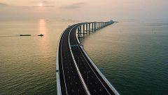 China inaugura el mayor puente sobre el mar del mundo para unir Macao y Hong Kong con el continente