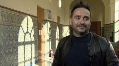 Bayona imparte una clase magistral de cine en Valladolid antes de recoger la Espiga de Honor