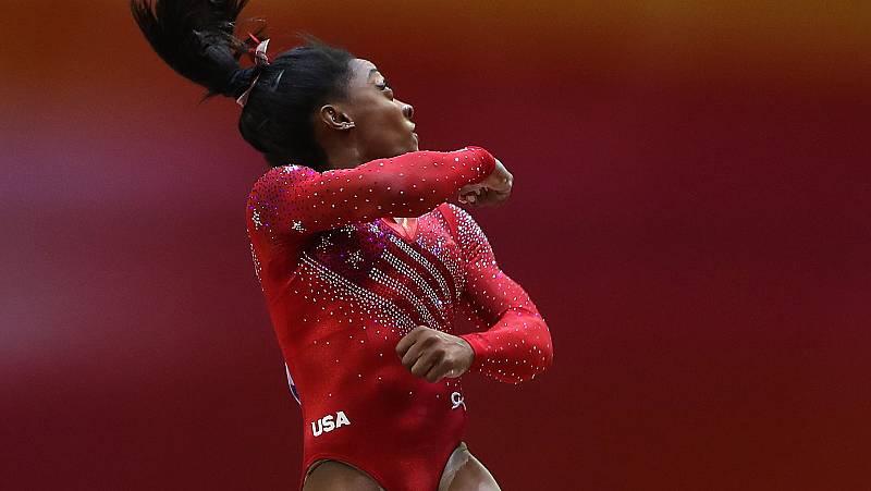 La estadounidense Simone Biles consiguió una nota de 15.500 en la prueba de salto dentro del concurso por equipos femenino del Mundial de Doha 2018.