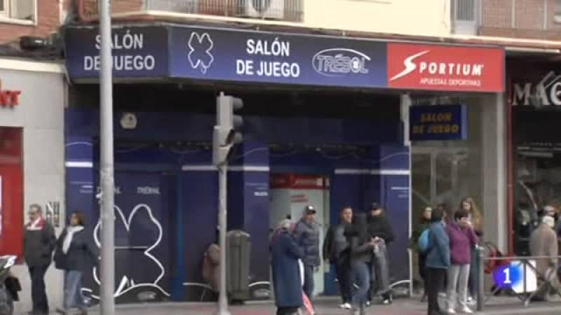 Los salones de apuestas se multiplican en los barrios trabajadores