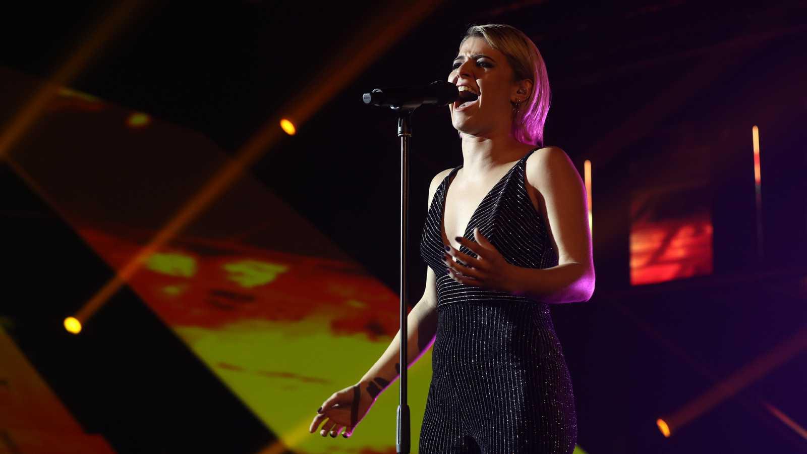"""OT 2018 - Alba canta """"La llorona"""" en la gala 6"""