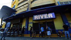 Boca-River, un 'Superclásico' por la conquista de América