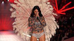 Corazón - Adriana Lima se retira de las pasarelas