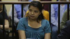 Aplazan el juicio contra la joven salvadoreña acusada a 20 años de cárcel por intentar abortar