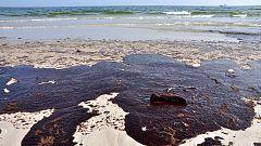 Macrorredada de la Guardia Civil contra la contaminación marítima