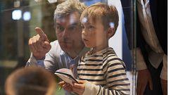 Los hijos de maltratadores podrían eliminar de su DNI el apellido paterno