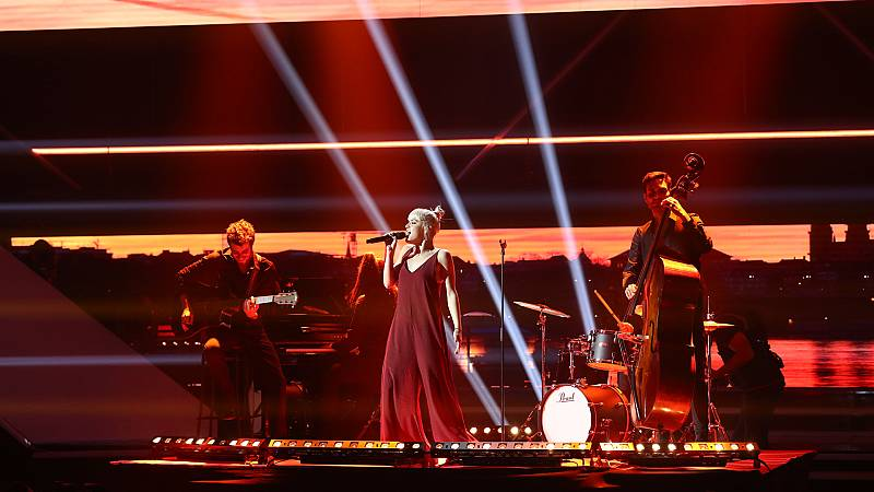 "OT 2018 - Alba canta ""Je veux"" en la gala 8"