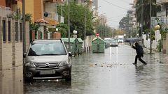 Un hombre muere y numerosos municipios anegados es el balance de las lluvias torrenciales