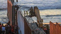 ¿Cómo se preparan ambos lados de la frontera de EE.UU. con México para la llegada de miles de centroamericanos?
