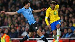 Brasil derrota a Uruguay en un tenso amistoso