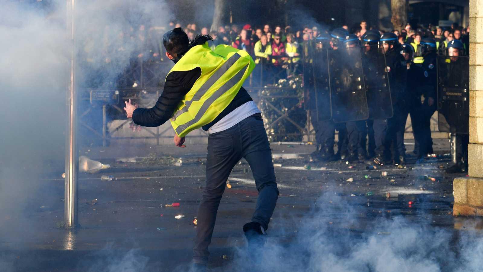Protestas en Francia contra el alza del precio de los carburantes