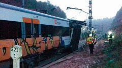 Un muerto y seis heridos al descarrilar un tren en Barcelona por un deslizamiento de tierra