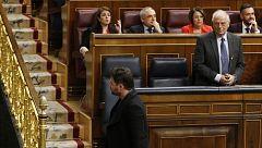 Rufián, expulsado del Congreso tras un duro enfrentamiento con Borrell, que acusa a otro diputado de ERC de escupirle
