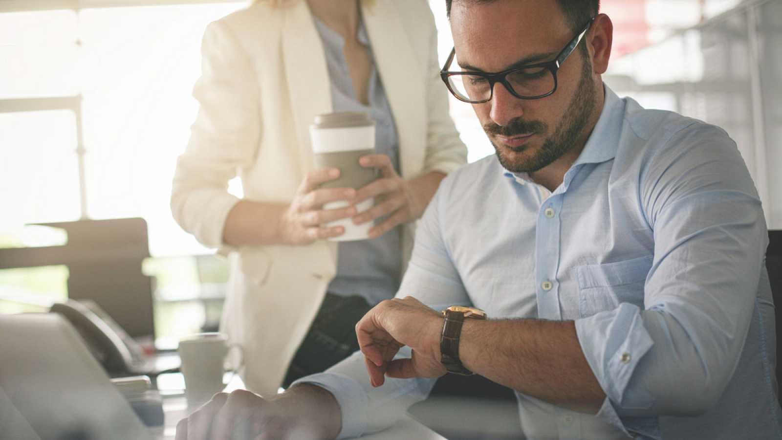 Trabajo obligará a las empresas a registrar la jornada que realice cada empleado