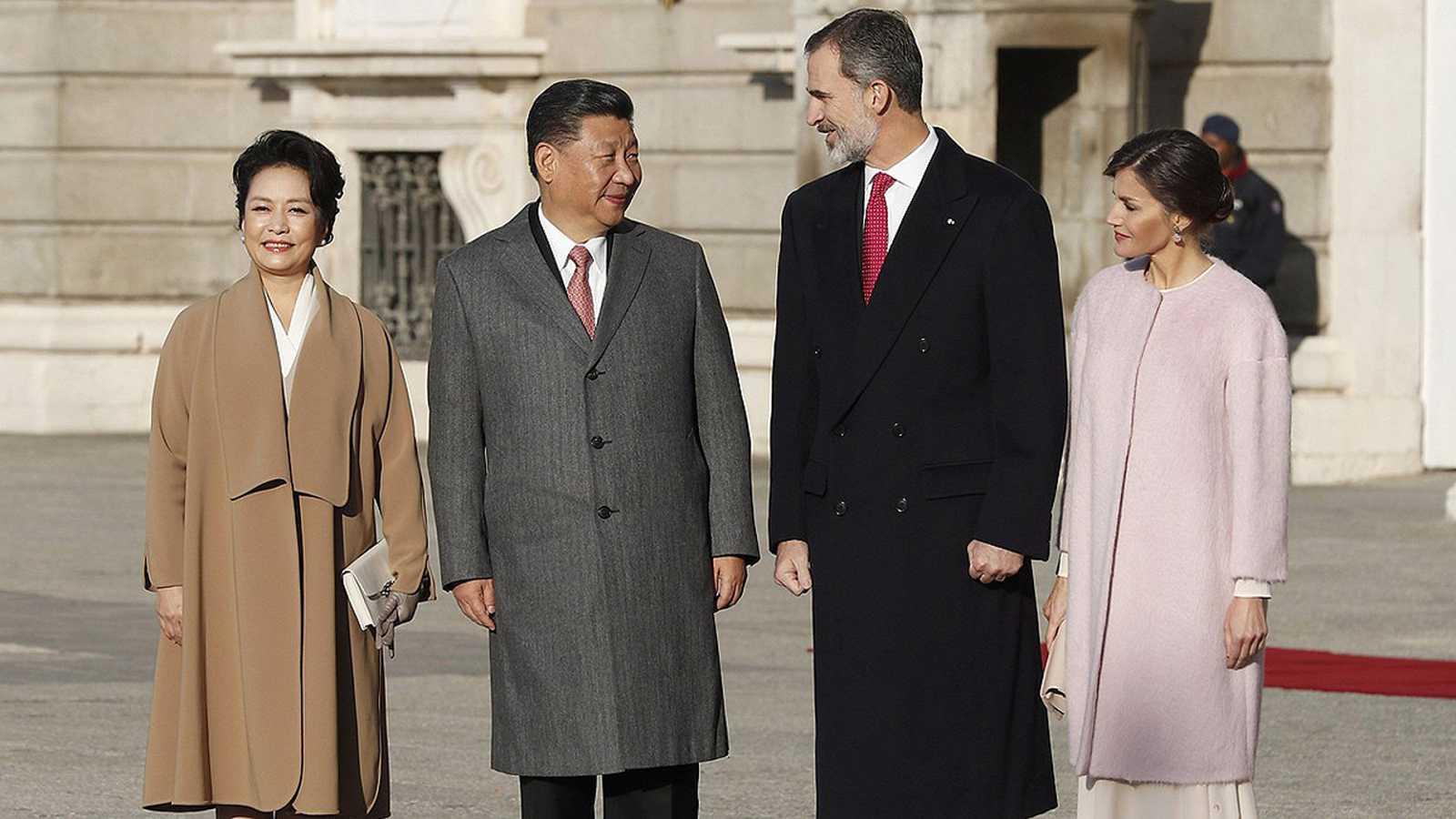 Xi Jinping y Pedro Sánchez firman una veintena de acuerdos comerciales, institucionales y culturales