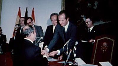 Noticias Nacional 1980 - Don Juan Carlos y Doña Sofía en el Museo del Prado con motivo del Día de las Bellas Artes