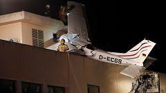 Dos muertos al estrellarse una avioneta en Barcelona