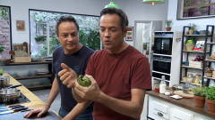 Torres en la cocina - Alcachofas gratinadas y sepia con almendras