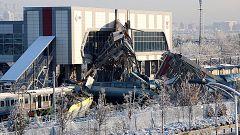 Al menos 7 muertos y 46 heridos al chocar un tren de alta velocidad en Ankara