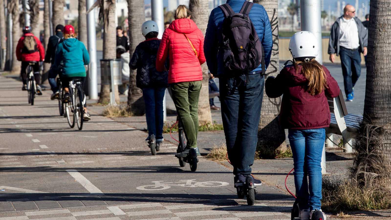 La Fiscalía de Tráfico insta a las policías locales a invetigar los atropellos provocados por patinetes