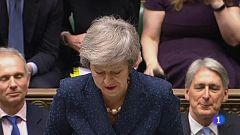 La presión sobre Theresa May aumenta desde dentro y fuera de su partido