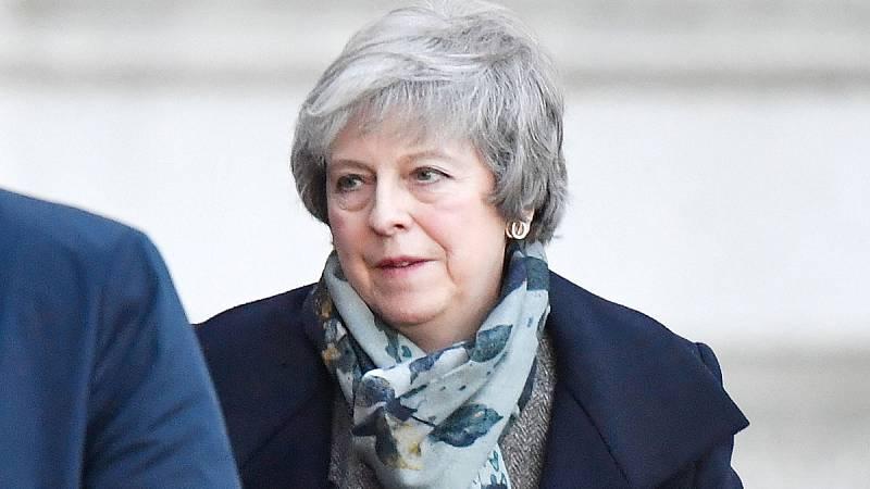 May se niega a un segundo referéndum sobre el 'Brexit' y acusa a Blair de inmiscuirse