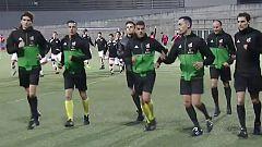 Los árbitros muestran su cara más solidaria