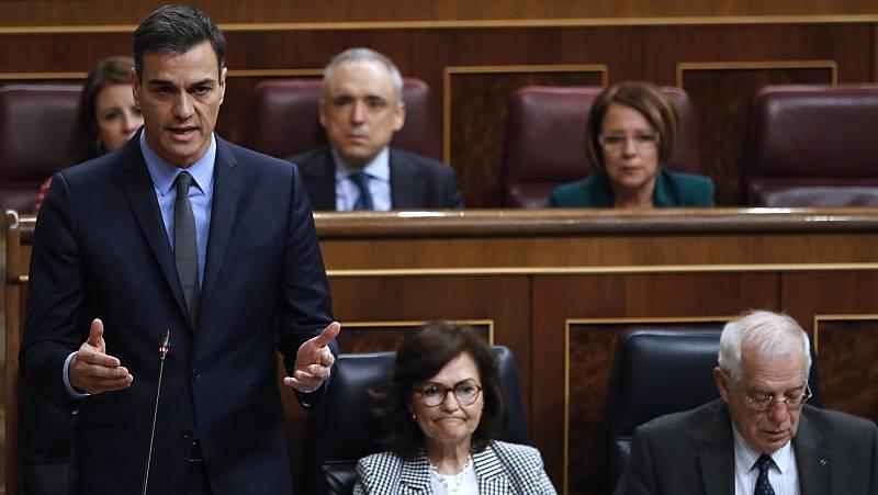"""Sánchez acusa a Casado de hacer """"oposición autoritaria"""" que está """"lejos de la Constitución"""""""