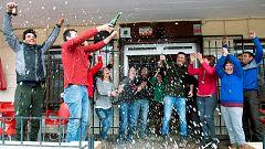 El Gordo de la Lotería de Navidad, el 3.347, cae muy repartido por toda España