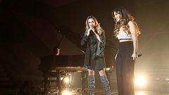 """OT 2018 - Julia e India Martínez cantan """"90 minutos"""" en la gala de Navidad"""